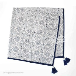 رومیزی نقش قالیچه ای سورمه ای بومیکا