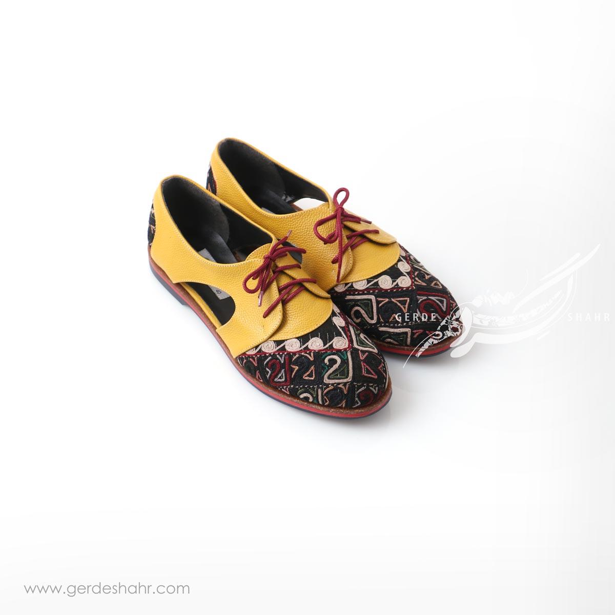 کفش دست دوز زرد سوزندوزی ترکمن سایز 40 چاوان گنجه رخت
