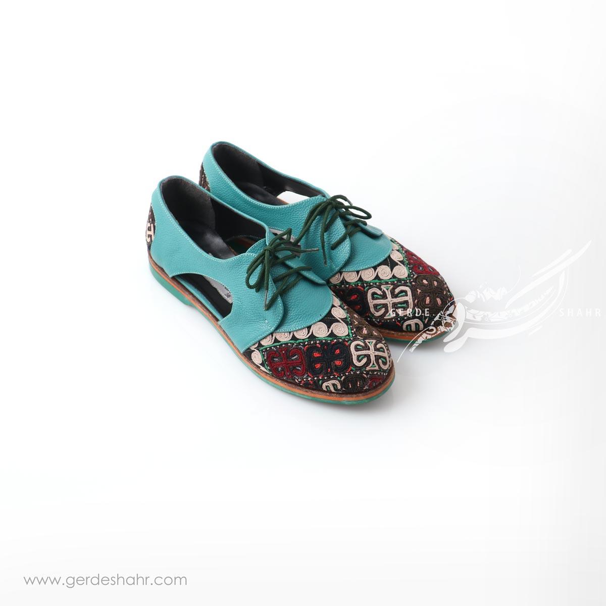 کفش دست دوز آبی سوزندوزی سایز 38 چاوان گنجه رخت