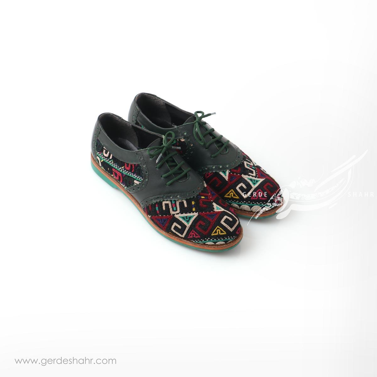 کفش دست دوز سبز یشمی تیره سوزندوزی سایز 38 چاوان گنجه رخت