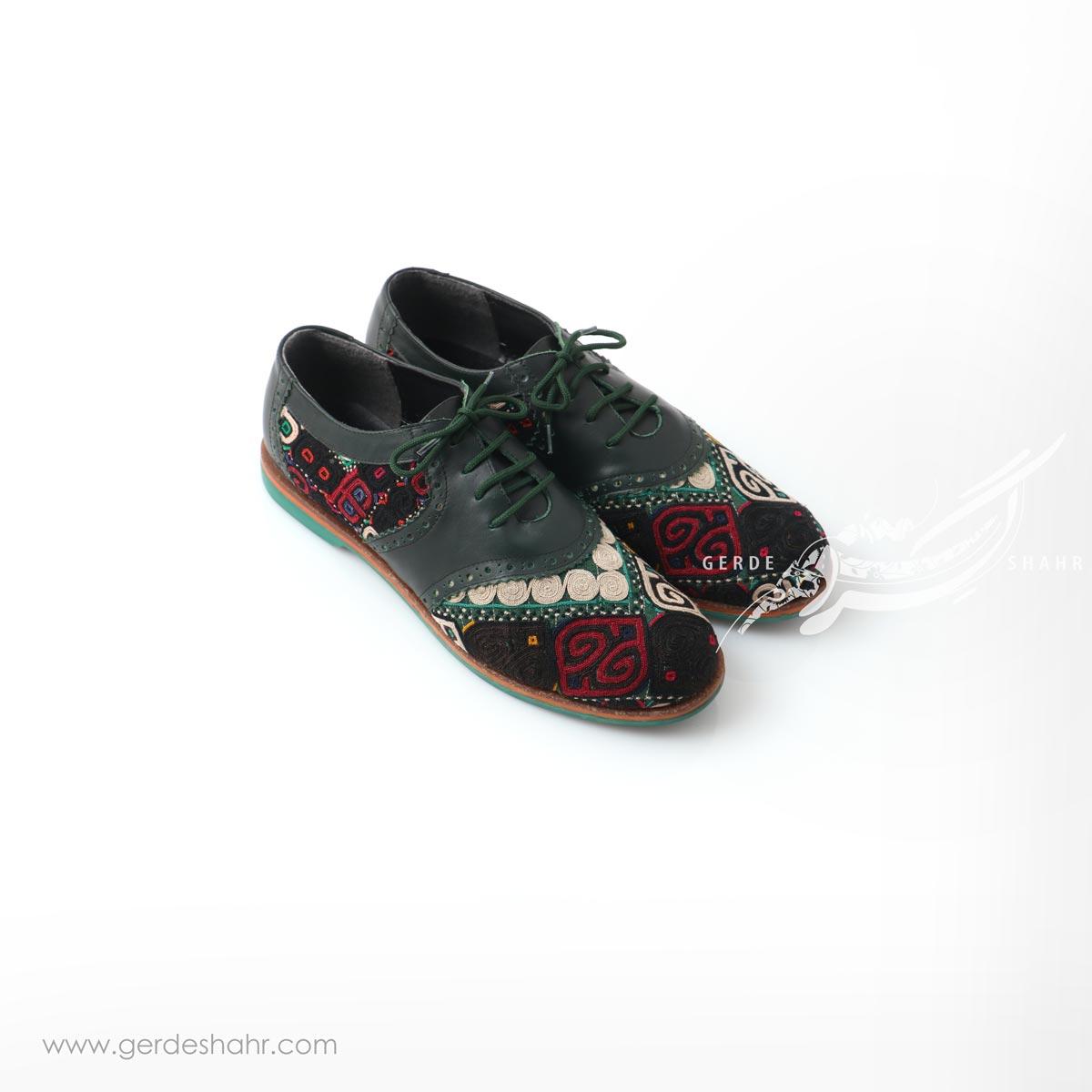 کفش دست دوز سبز یشمی تیره سوزندوزی سایز 40 چاوان گنجه رخت