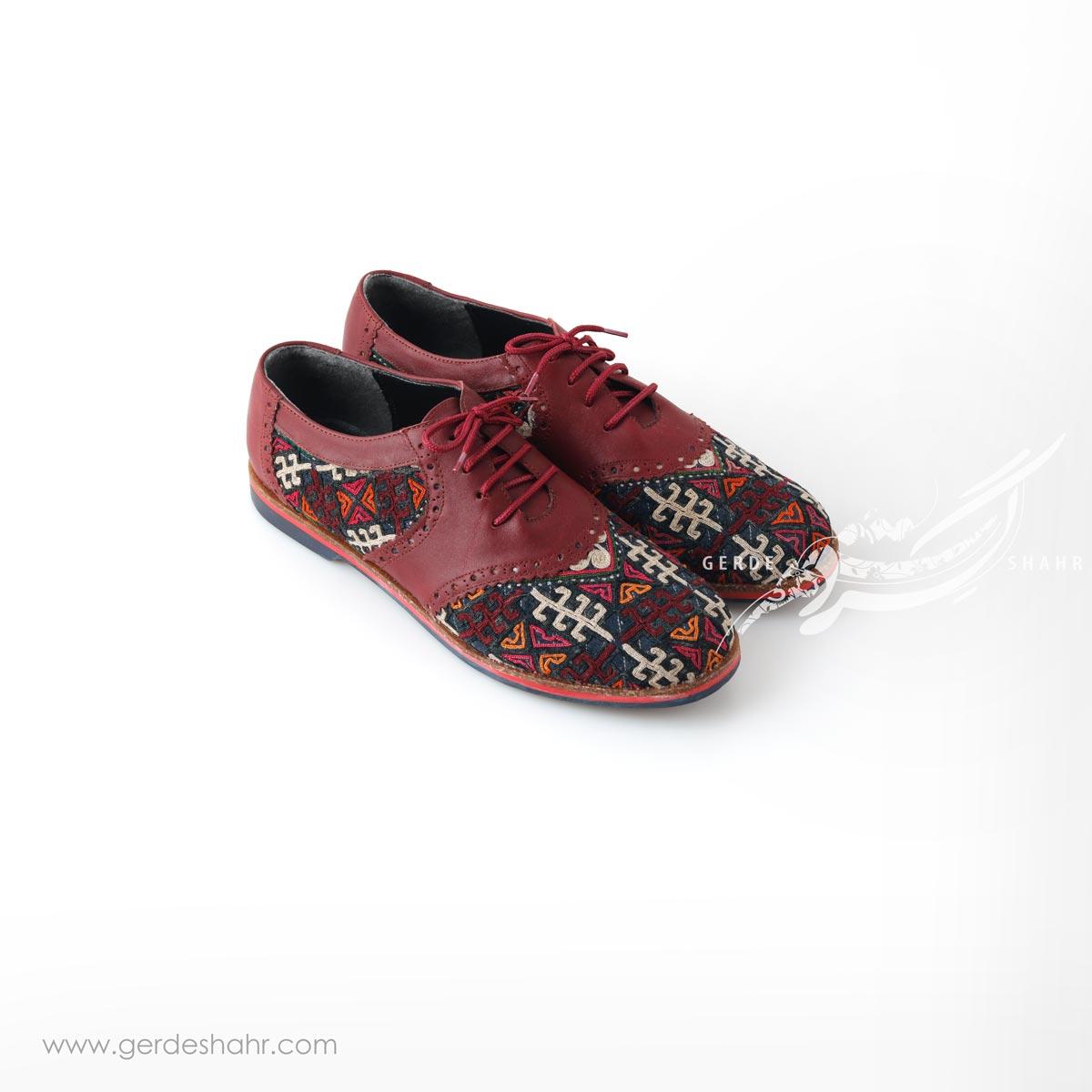 کفش دست دوز زرشکی سوزندوزی ترکمن 3 سایز 40 چاوان گنجه رخت