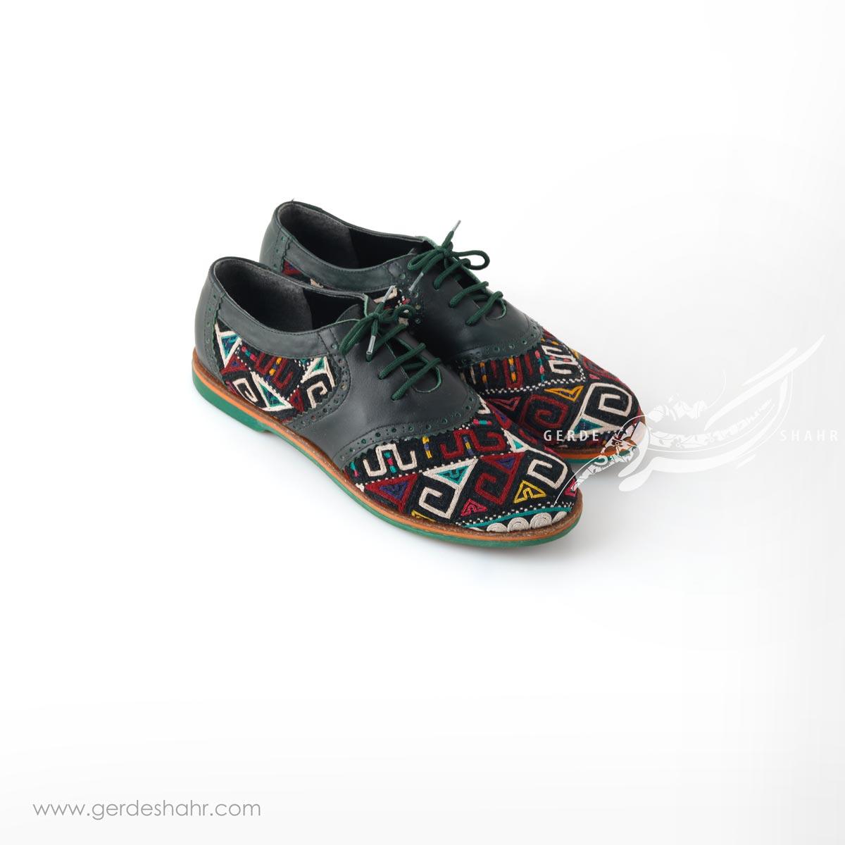 کفش دست دوز سبز یشمی تیره سوزندوزی ترکمن 3 سایز 40 چاوان گنجه رخت