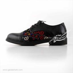 کفش چرمی دست دوز سوزندوزی مشکی سایز 40 چاوان گنجه رخت