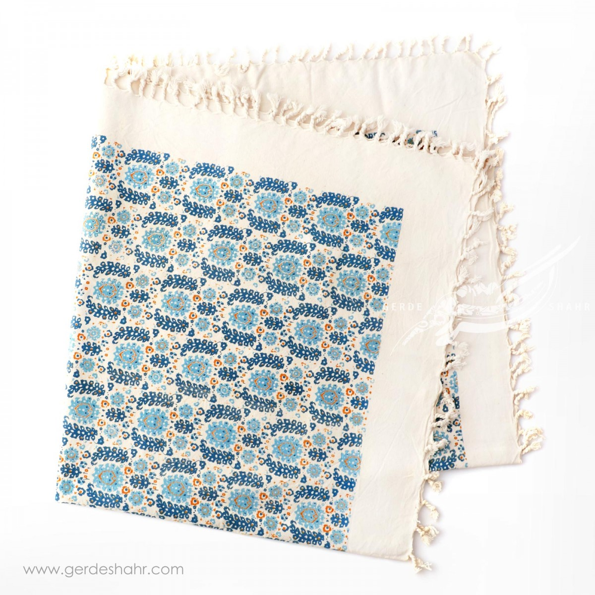 رومیزی طرح گلستان آبی سایز 120 گدار محصولات