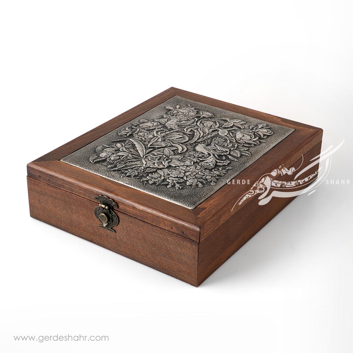 جعبه چوبی قلمزنی گل و مرغ کیمیاگر محصولات