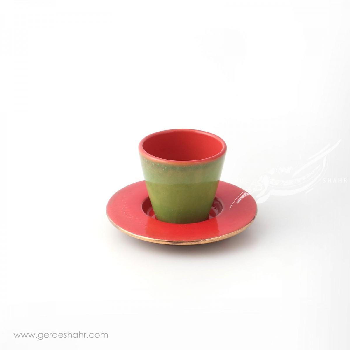 فنجان نعلبکی قرمز ماه فروز محصولات