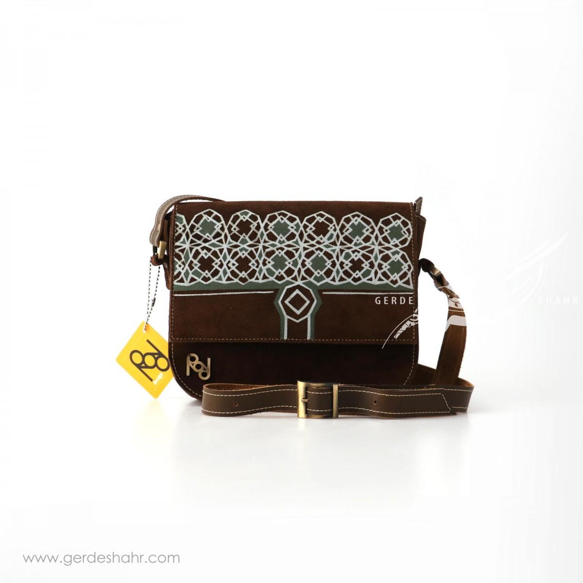 کیف چرم نقش قجری رد گنجه رخت