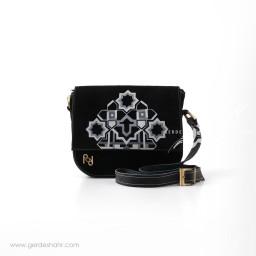 کیف چرم نقش هندسی رد گنجه رخت