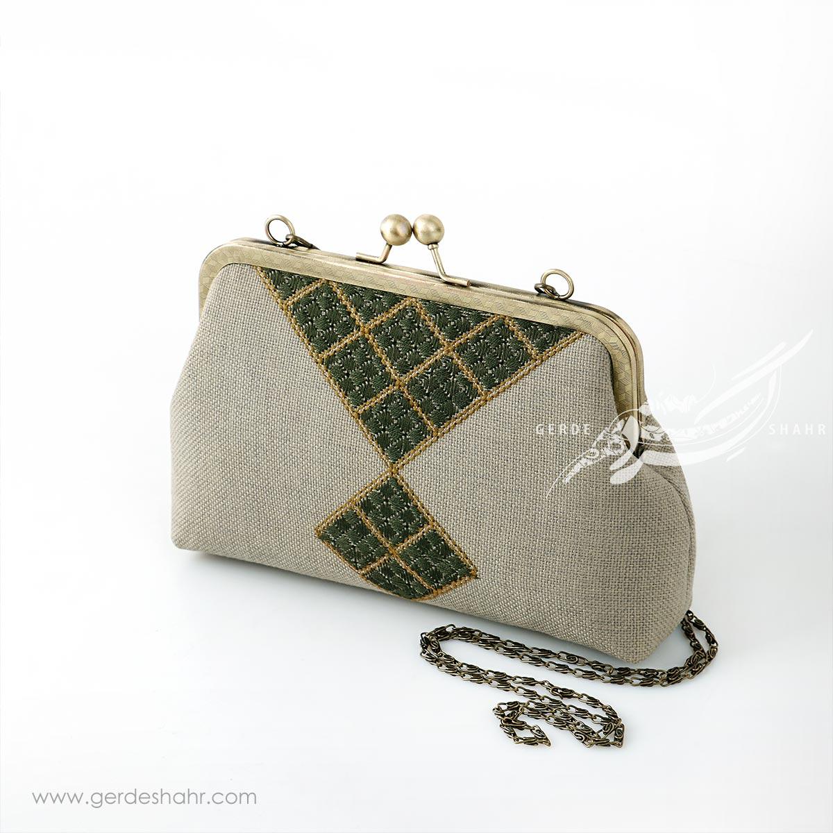 کیف بنددار شطرنجی راژانه گنجه رخت