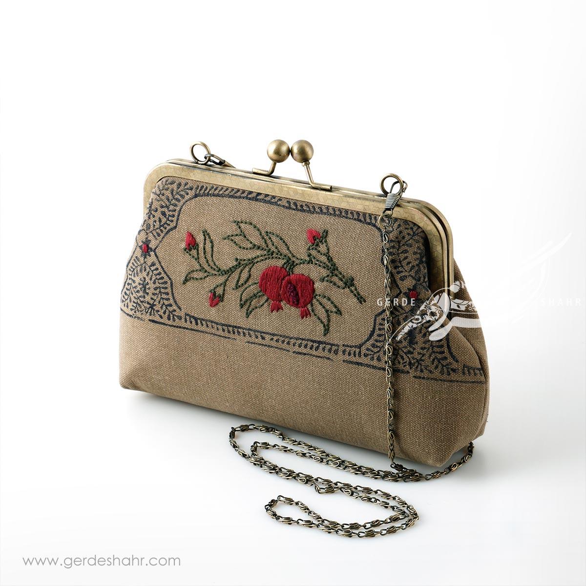 کیف بنددار نسکافه ای کتیبه قلمکار راژانه گنجه رخت